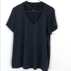Grey Modal/Polyester shirt with a V-neck choker